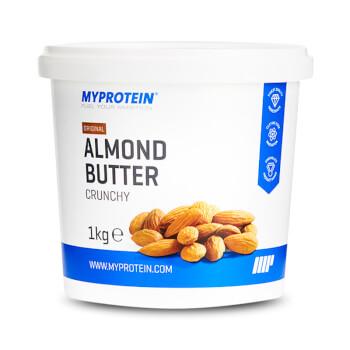 La Mantequilla de Almendras Crujiente de Myprotein es fuente de proteínas.