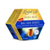 Jalea Real Royal Vit Bal-San Forte contiene jalea real de alta calidad.